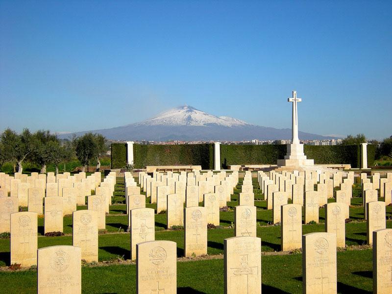 World War Tour Cimitery